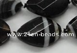 CAA286 22*30mm twisted & faceted oval black line agate beads
